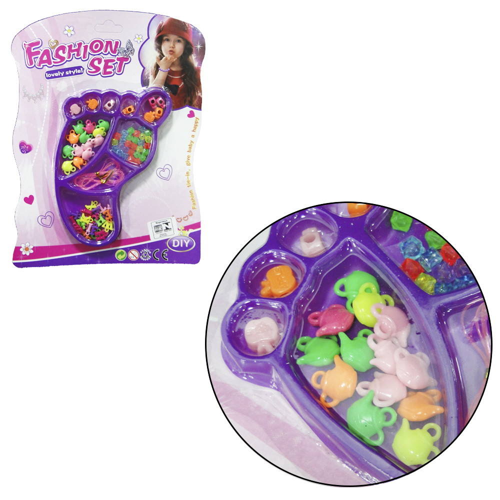 KIT BELEZA / BIJUTERIA INFANTIL COM 50 MICANGAS COLORS FASHION SET PE NA CARTELA
